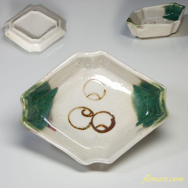 織部菱型豆皿