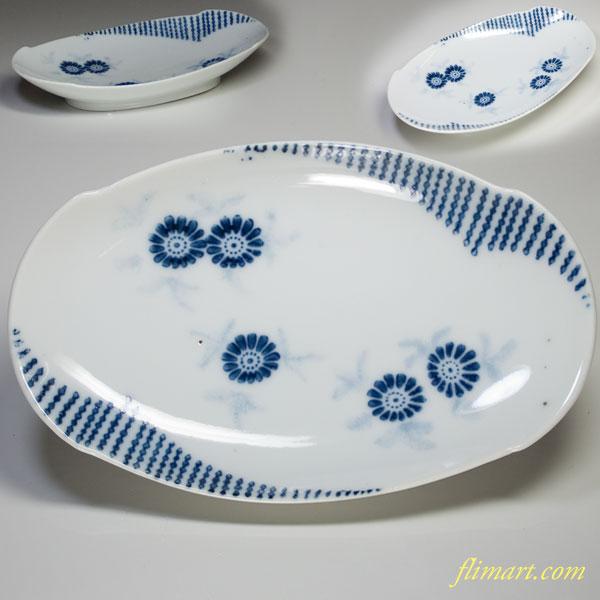 染付菊紋舟型長皿