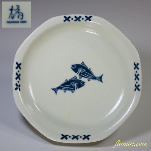 たち吉魚柄八角皿