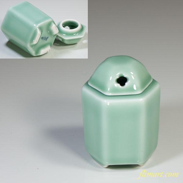 虎仙窯青磁六角香炉