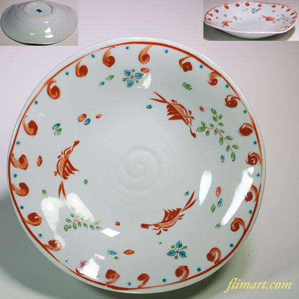 第一陶器翔山赤絵変形魚文六寸皿
