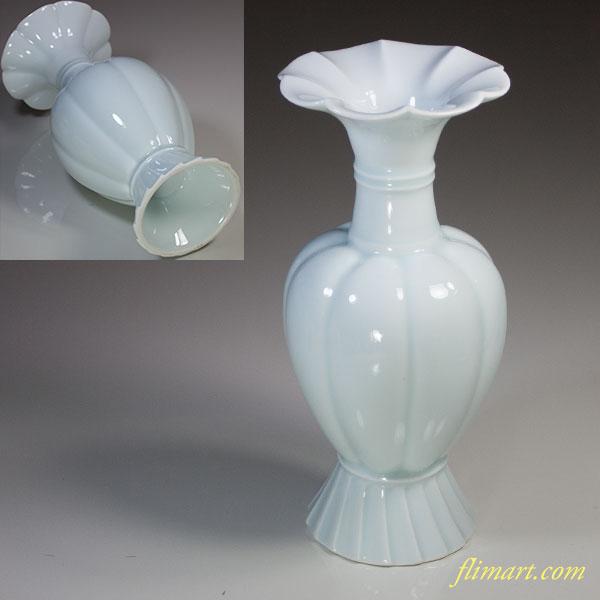 椿窯林春治青白磁朝顔瓜形花瓶