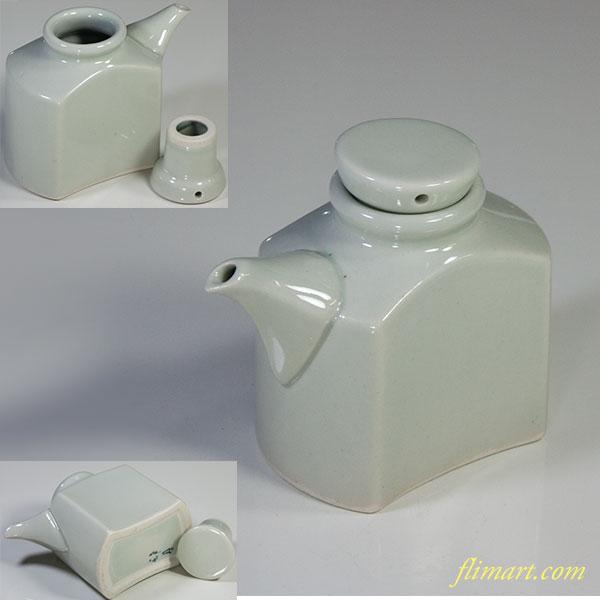 青白磁醤油差しW5864
