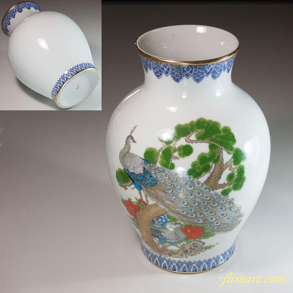 正峰松牡丹孔雀図花瓶