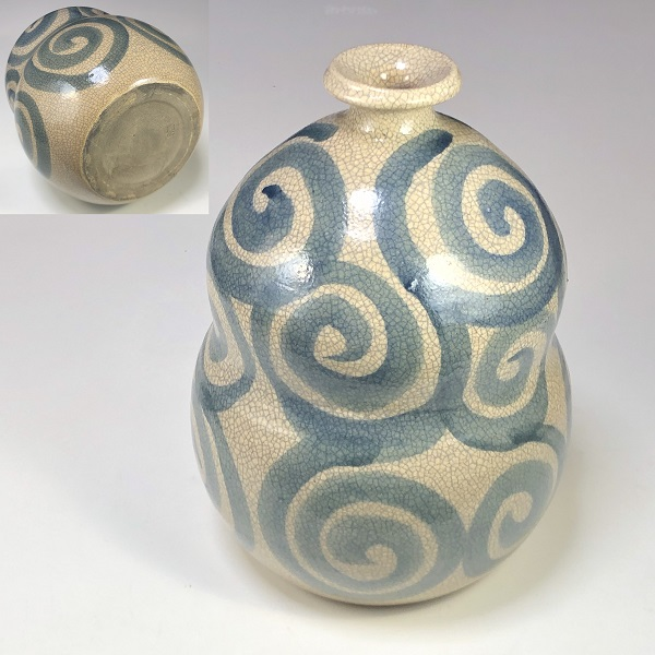 陶宝瓢箪型唐草貫入徳利花瓶