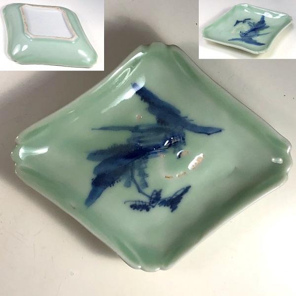 富士山型青磁菱皿