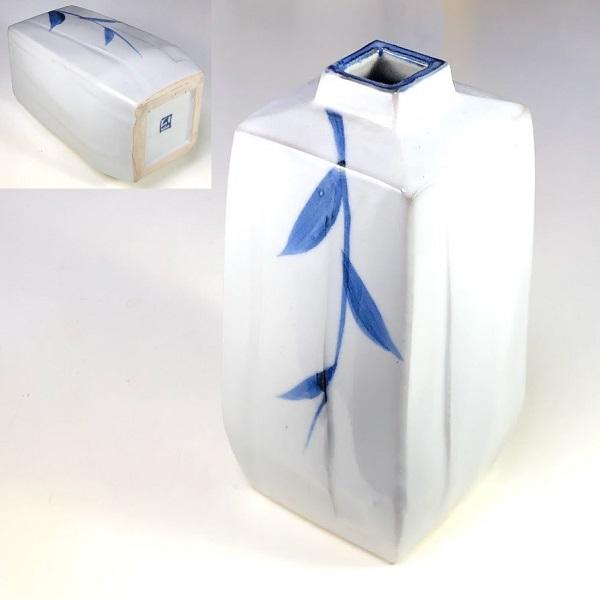 角花瓶W8230