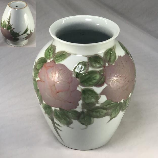 琥山窯薔薇柄花瓶