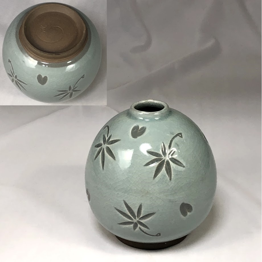青磁小花瓶W6898