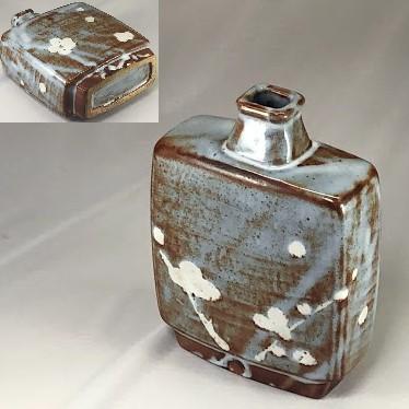 鼠志野扁平花瓶W6950