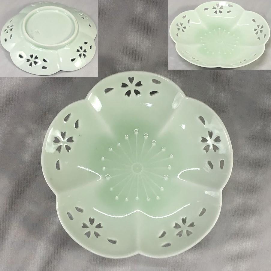 青白磁梅型透かし銘々皿W7002
